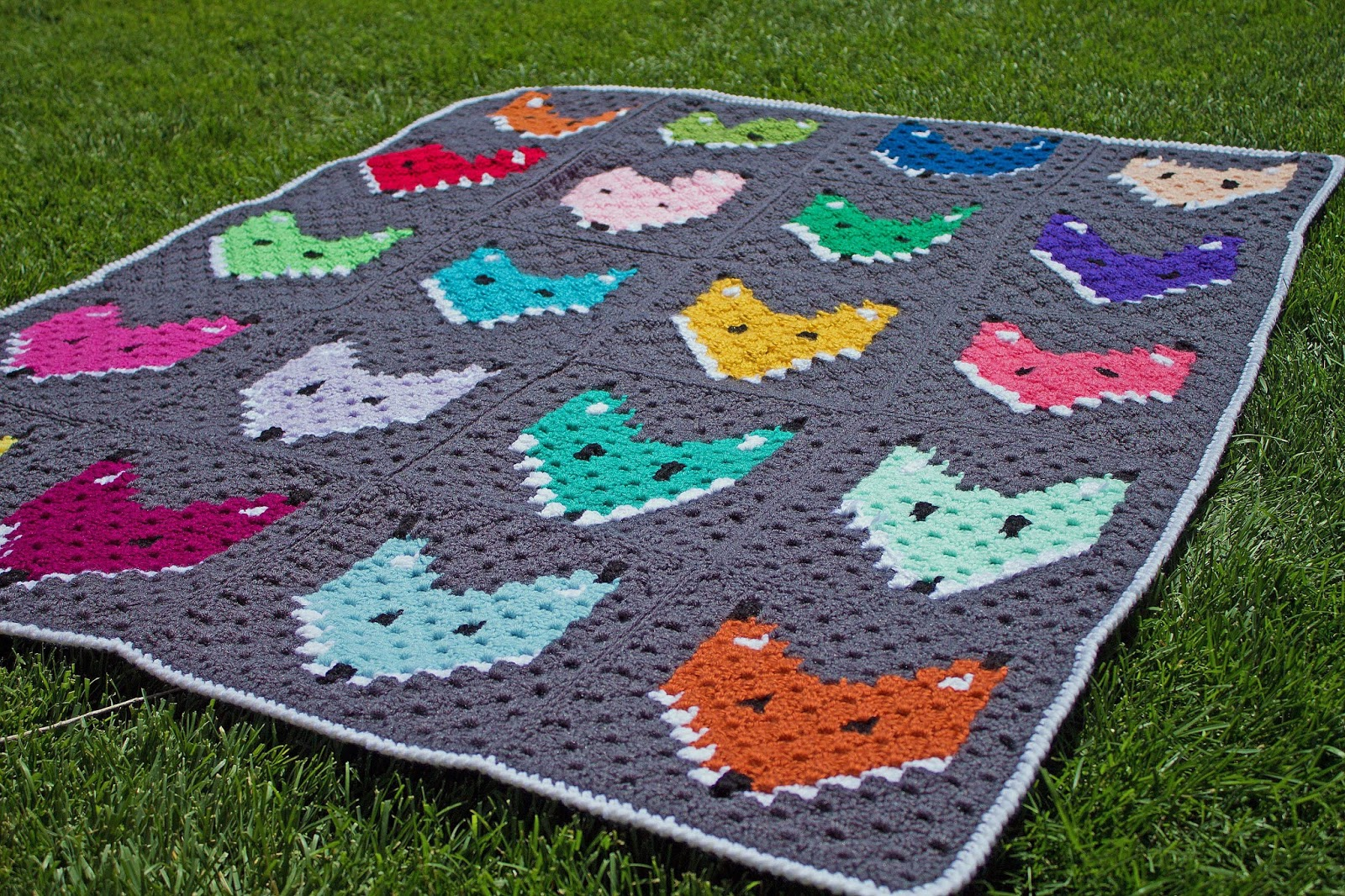 Free Pattern C2C Fox Block Blanket - thefriendlyredfox.com