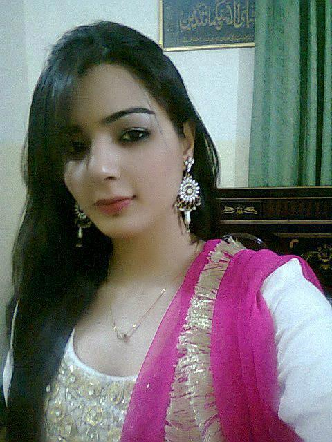 Whatsapp Girls Mobile Numbers May 2013-3260
