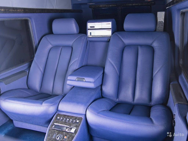 g-wagon interior