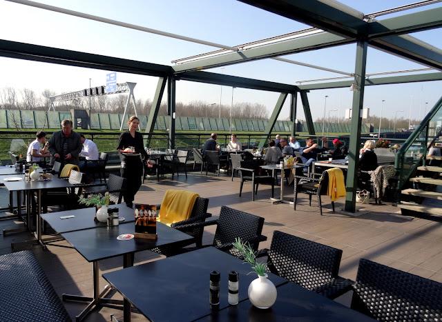 Outdoor Terrace - Van der Valk Hotel Restaurant Vianen in Utrecht, Netherlands