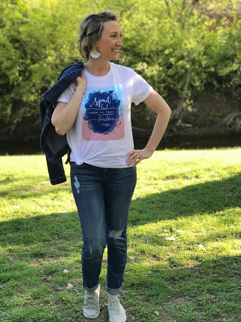 https://www.etsy.com/SimpleBlessingsDzine/listing/593903558/spirit-lead-me-t-shirt-christian-t?utm_source=Copy&utm_medium=ListingManager&utm_campaign=Share&utm_term=so.lmsm&share_time=1523903241804