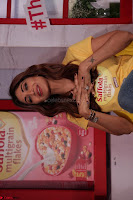 Shilpa Shetty super cute fit in Yellow T Shirt 10.JPG