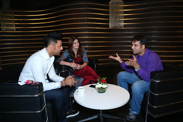 Interviewing Zareen Khan and Gippy Grewal