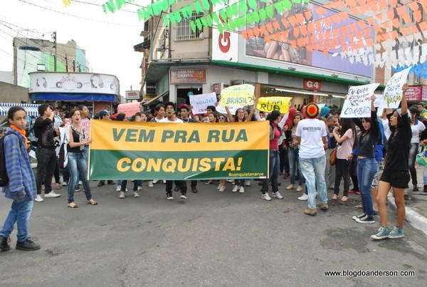 #VemPraRuaConquista: Protestos nas ruas de Vitória da Conquista - Bahia