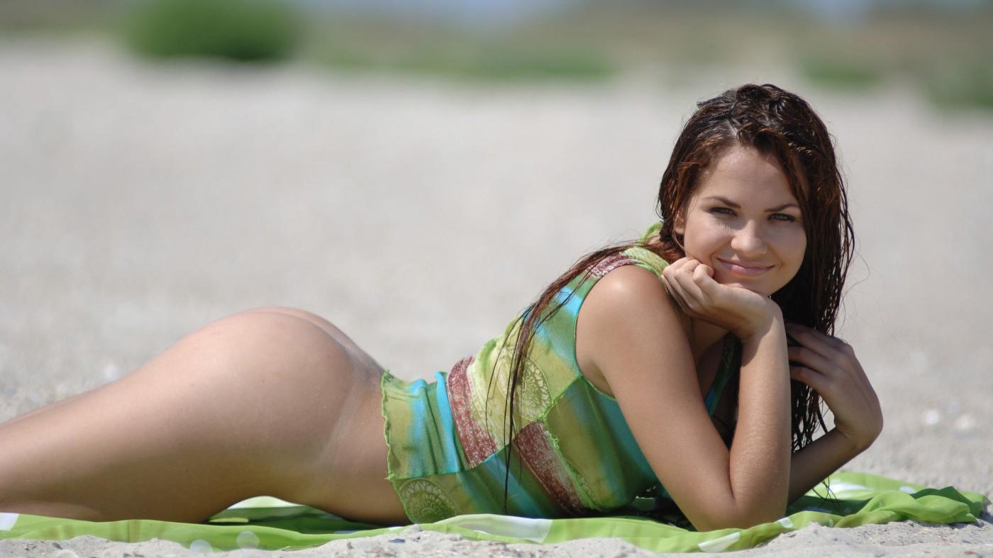 Nude Best Girl