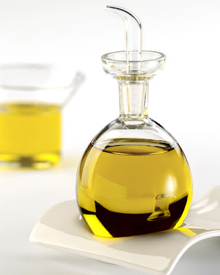 5 olive oil health benefits | Olive oil benefits for skin | How to use olive oil