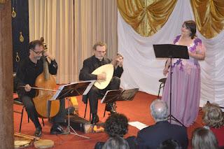Trio Cervantes: Marília Vargas, Nicolas de Souza Barros e Mário Orlando em mais uma edição da série Concertos de Gala