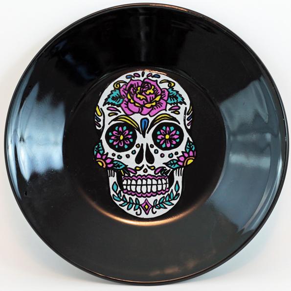 skull painted plate