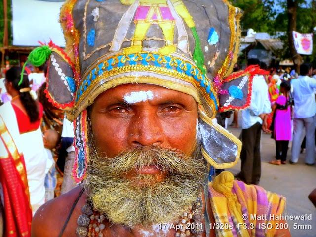 Facing the World, © Matt Hahnewald, street portrait, people, South India, Madurai, Tamil Nadu, Chithirai festival, Hindu man, Dravidian people, sadhu
