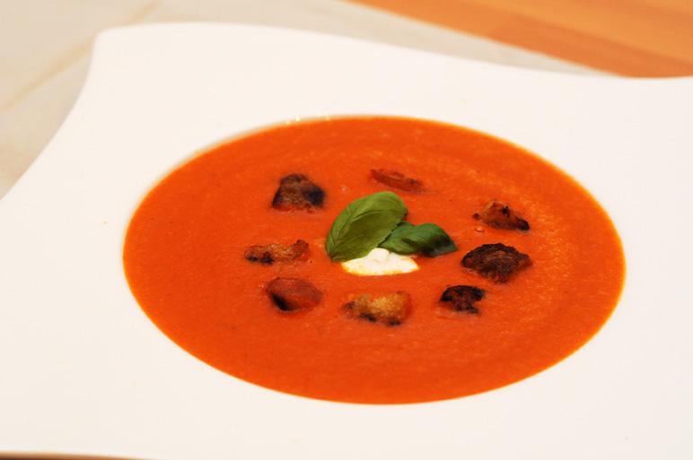 von veganen k chengel sten und anderen dingen italienische tomatensuppe. Black Bedroom Furniture Sets. Home Design Ideas