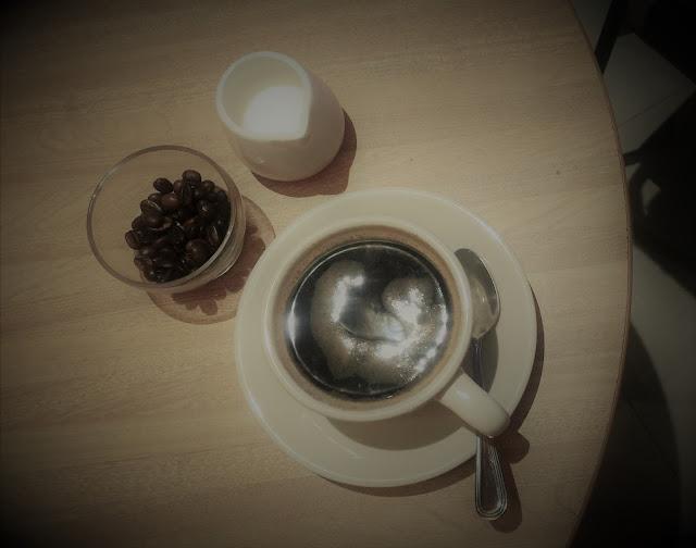 Coffee-Book-Borders