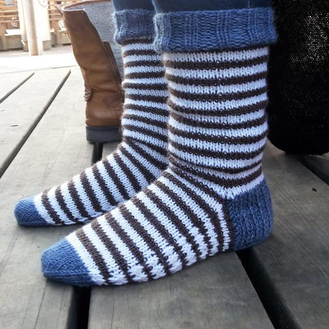 sukat vahvistetulla pohjalla, sukan vahvistettu pohja