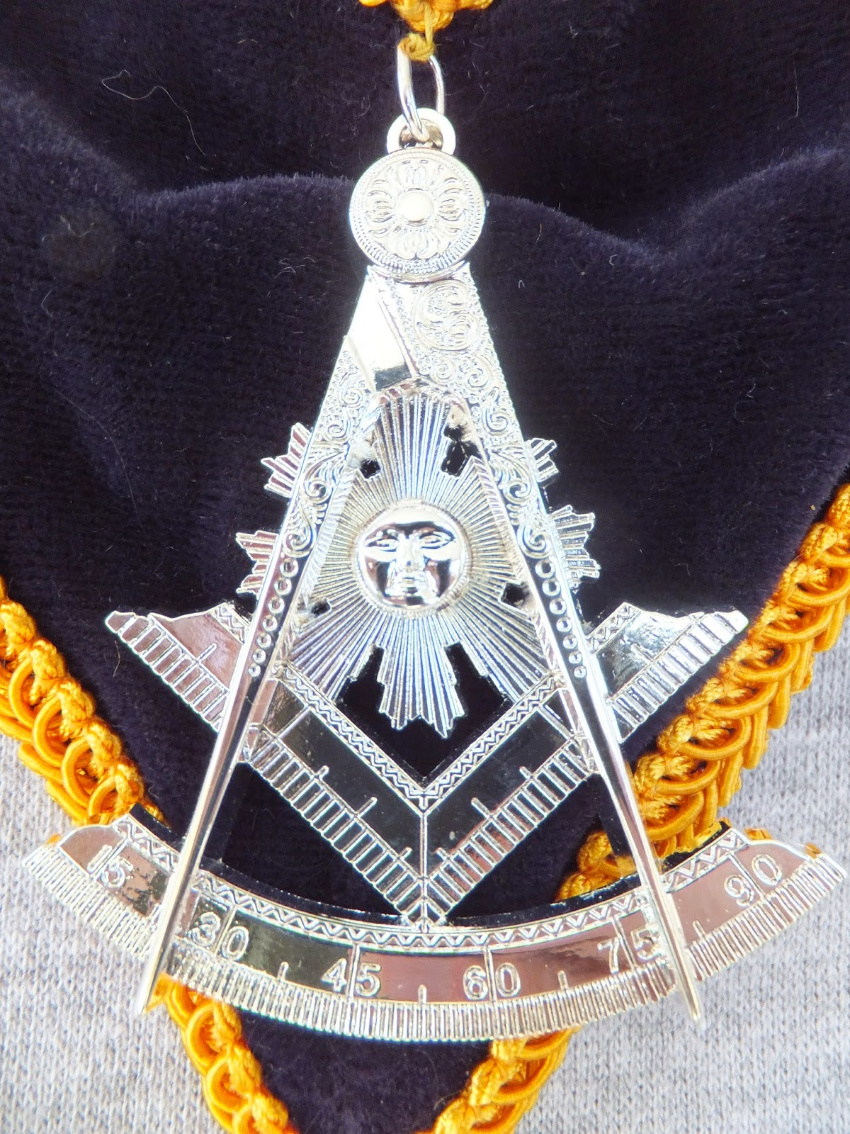 All Things Masonic: The Past Masters Jewel