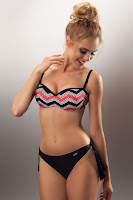 COSTUM_DE_BAIE_CU_PUSH_UP_9