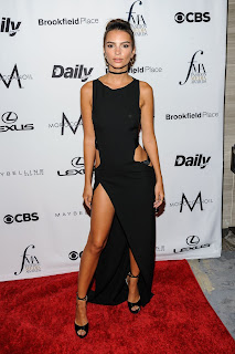 HQ Images of Emily Ratajkowski At The Daily Front Row 4th Annual Fashion Media Awards in New York