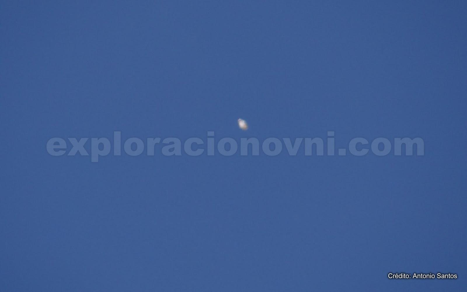Fotografía enviada que muestra anomalía en el cielo de San Juan, Argentina. Crédito: Antonio Santos.