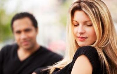 Tips Jadi Wanita Jual Mahal Namun Tetap Elegan