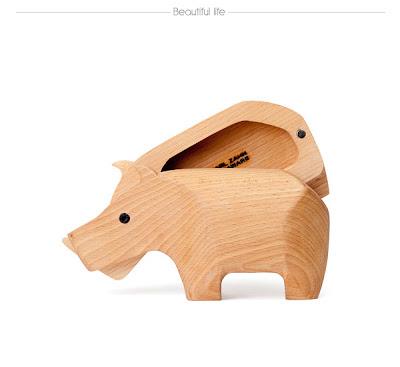 Cajita de madera en forma de animal.
