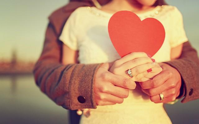 5 مراحل للحب