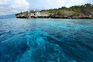 Air Laut Biru Pulau Menjangan