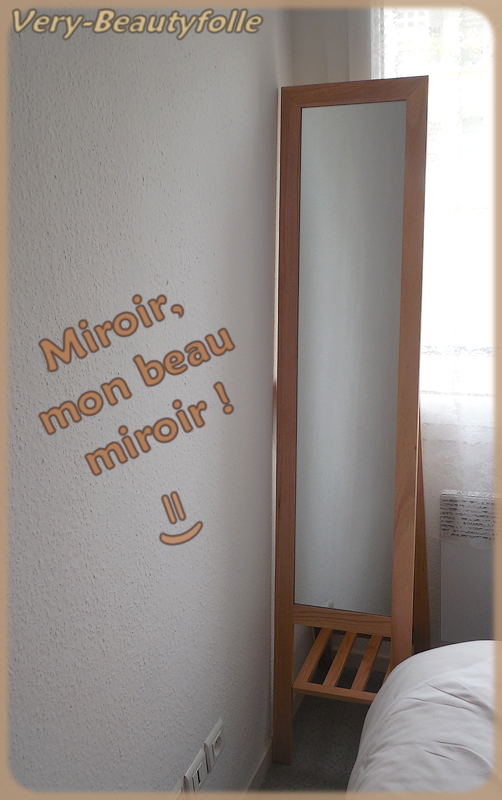 Latest gallery of tant en plus myope je dois me coller au for Miroir a coller ikea