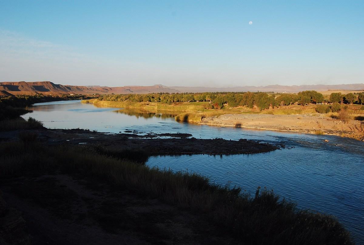 la rivière Orange se réveille doucement