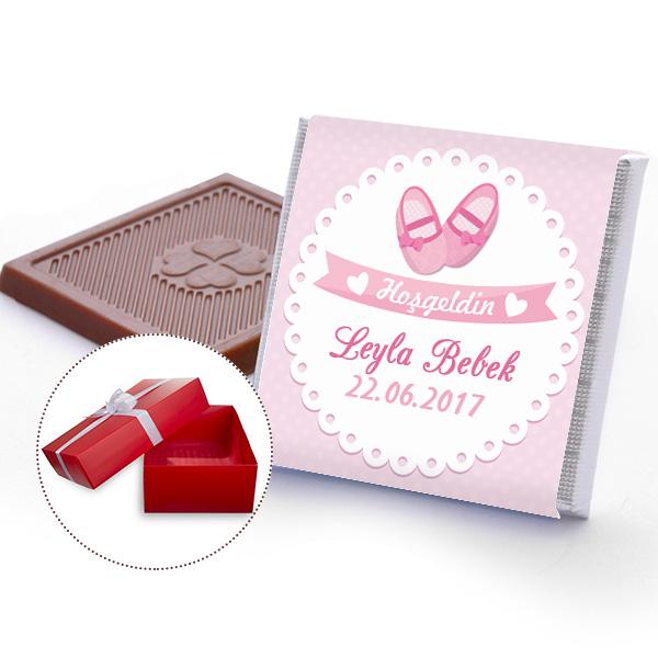 bebeğe hediye çikolata