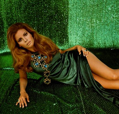 angelina jolie, kobiety, styl życia, modny kolor, Natasha Poly