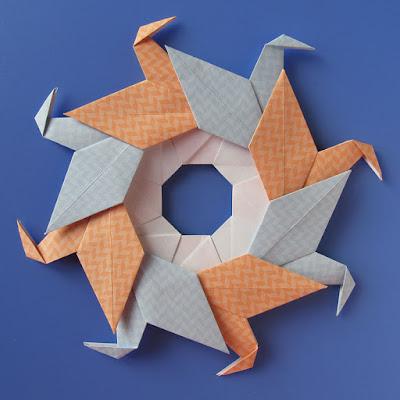 Modular origami, foto 2: Ghirlanda di anatre - Garland of ducks by Francesco Guarnieri