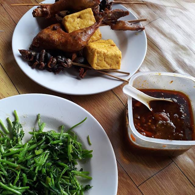 makan-ayam-gorowok-enak-banget-notes-asher