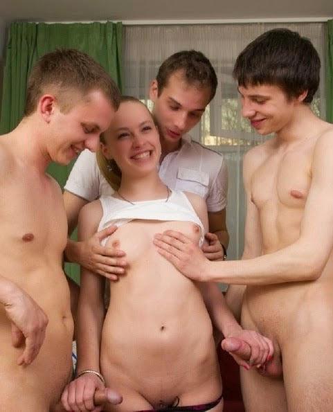 Liseli Grup Kızların Pornosu