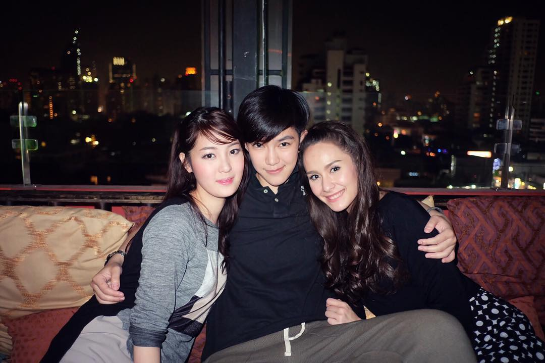 Tina jittaleela and aom relationship