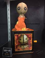 Toy Fair 2017: Mezco's Horror Toys Burst A Boxes Trick R Treat Sam