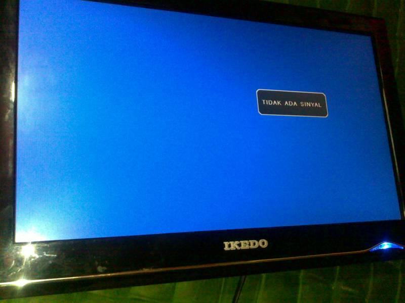 TV led gambar putih polos
