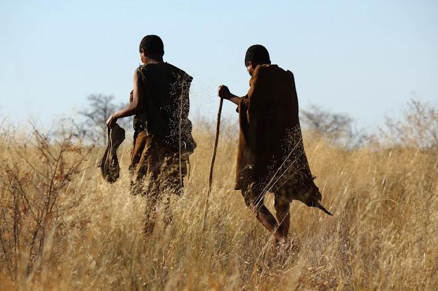 Conhecer os povos BOSQUÍMANOS, os senhores do Kalahari | Botswana
