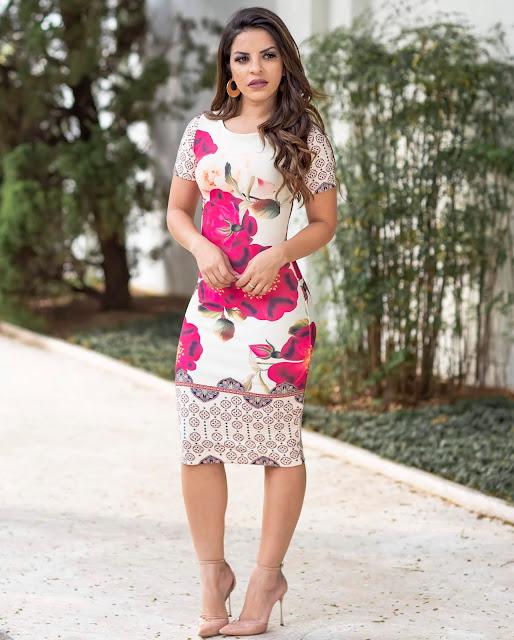 https://www.lojaflordeamendoa.com.br/produto/vestido-tubinho-joana-floral-moda-evangelica