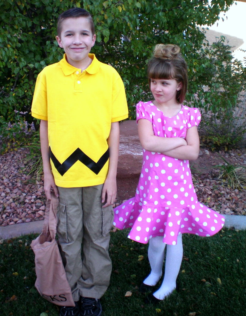 Sally annoyed with her brother Charlie Brown  sc 1 st  Craft-O-Maniac & HAPPY HAUNTED HALLOWEEN - Craft-O-Maniac