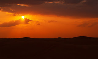 Matahari Tertahan Untuk Terbenam
