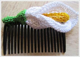 Iris Lily crochet flower free pattern