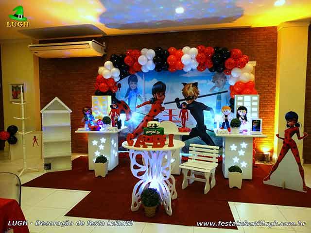Mesa temática Miraculous - Ladybug - Cat Noir - festa infantil