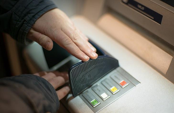 Begini Cara Memblokir Kartu ATM Mandiri yang Hilang atau Tertelan Mesin