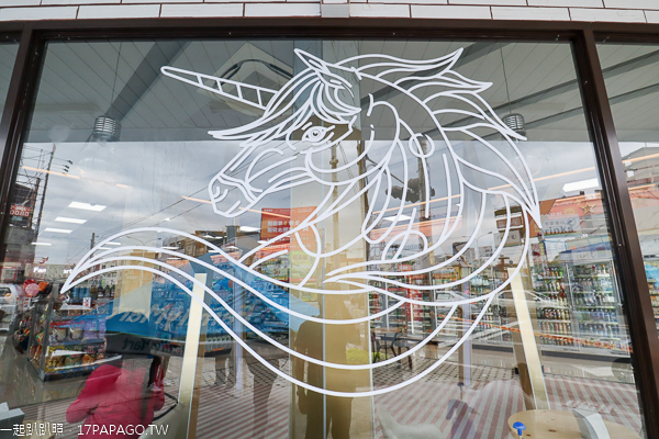彰化市|全家彰化金馬金店|星光大道金馬獎特色的全家超商|網美必訪