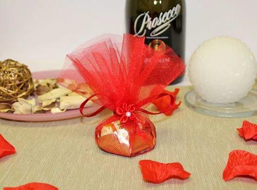 еда, идеи, идеи для праздника, конфеты, композиции конфетные, упаковка конфет, конфеты, для праздника, для детского праздника, упаковка подарочная, конфеты с сюрпризом, пожелания, сюрпризы, подарки из конфет, для детей, http://prazdnichnymir.ru/ Конфеты с пожеланиями - идея для любого праздникаподарок на день святого Валентина, подарки на день всех влюбленных своими руками, подарок к дню святого Валентина своими руками, день всех влюбленных подарки, подарок на день святого Валентина парню своими руками, что подарить на день влюбленных мужу, подарки на 14 февраля, подарки на день святого Валентина, любовные подарки, подарки для влюбленных, подарок на день святого Валентина девушке своими руками подарок на день святого Валентина мужу своими руками подарок на день святого Валентина жене своими руками подарок на день святого Валентина мужчине своими руками подарок на день святого Валентина женщине своими руками подарок на день святого Валентина любимой своими руками подарок на день святого Валентина любимому своими руками Романтические подарки на день влюбленных, Полезные подарки на день влюбленных, ОригинальныеС учетом хобби любимого С учетом хобби любимого подарки на день влюбленных, подарки на 14 февраля для любимого сделать своими руками, подарки на 14 февраля для любимой сделать своими руками, подарок парню на 14 февраля идеи своими руками как сделать подарок на день святого Валентина своими руками подарки на день всех влюбленных своими руками подарки на 14 февраля своими руками оригинальные подарки на 14 февраля, интерьерный декор на 14 февраля, идеи для украшения дома на 14 февраля, идеи для украшения дома на День Влюбленных, St. Valentine's Day, День Святого Валентина идеи для оформления дома на день влюбленных, интерьерный декор на день смятого Валентина, валентинов день, День любви, День влюбленных,