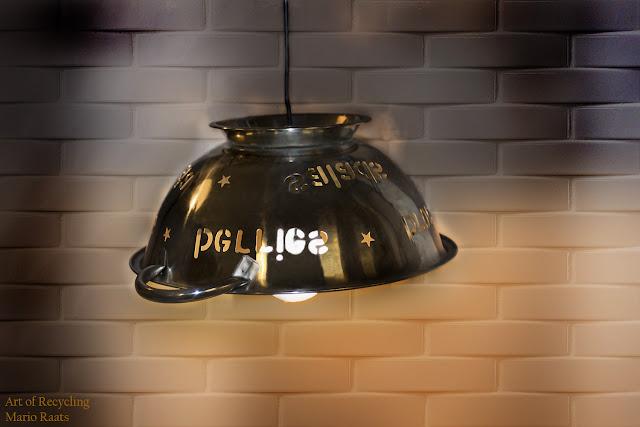 gunadeign mario raats Recycled colander lamp