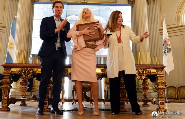 "Susana Giménez recibó el diploma de ""Ciudadana Ilustre"" en la Legislatura porteña"
