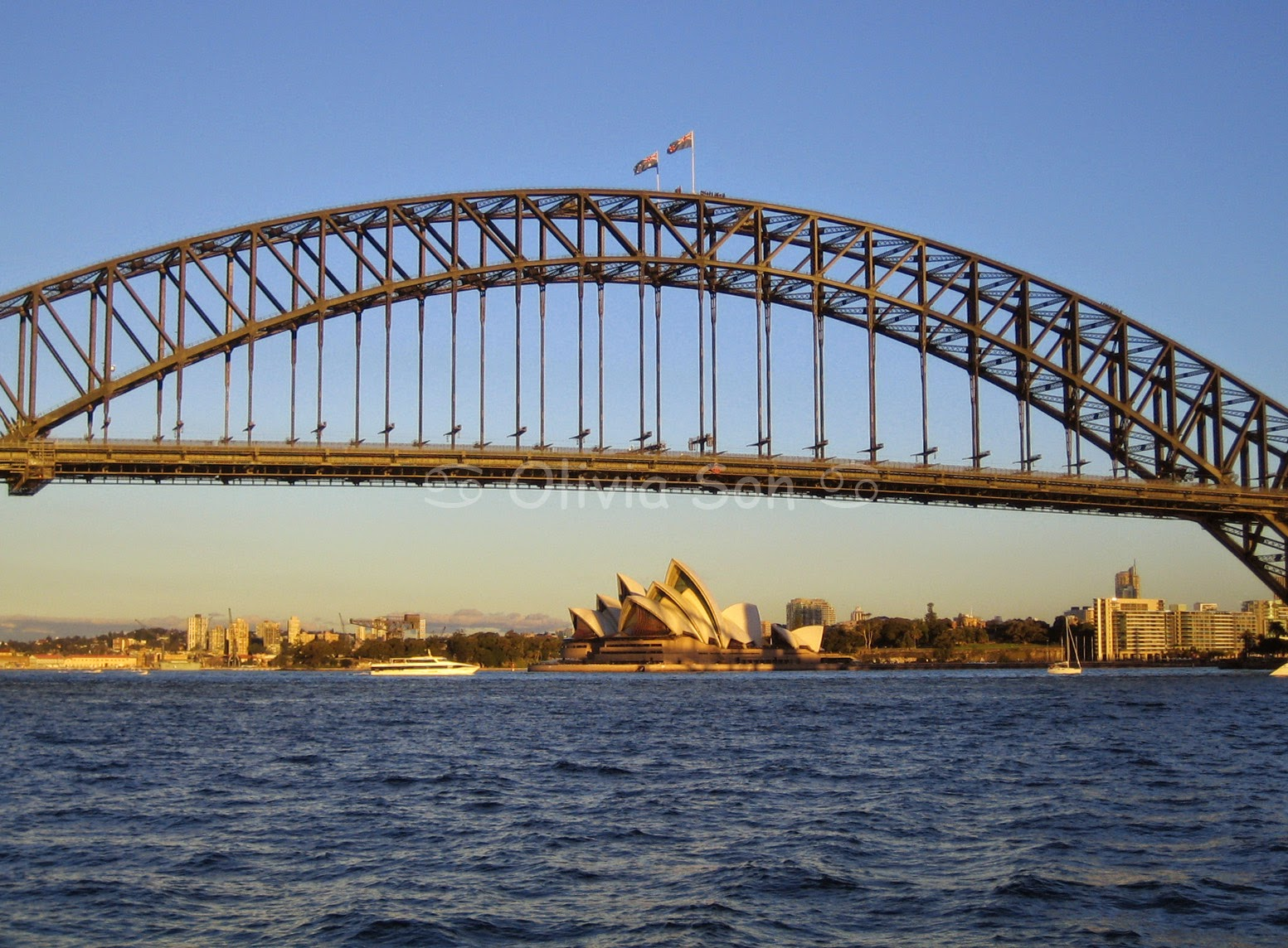 Sydney Harbour Bridge and Sydney Opera House, Sydney, Australie