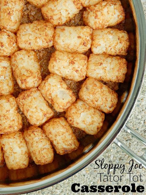 sloppy joe tator tot casserole (sweetandsavoryfood.com)
