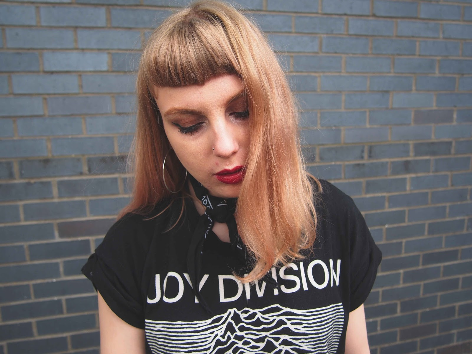 neck tie, bandana, neck scarf, joy division tee, band t-shirt, tee and jeans, topshop cain jeans, chunky heels, black skinny jeans, vintage alternative spring outfit, spring outfit inspiration, pink hair