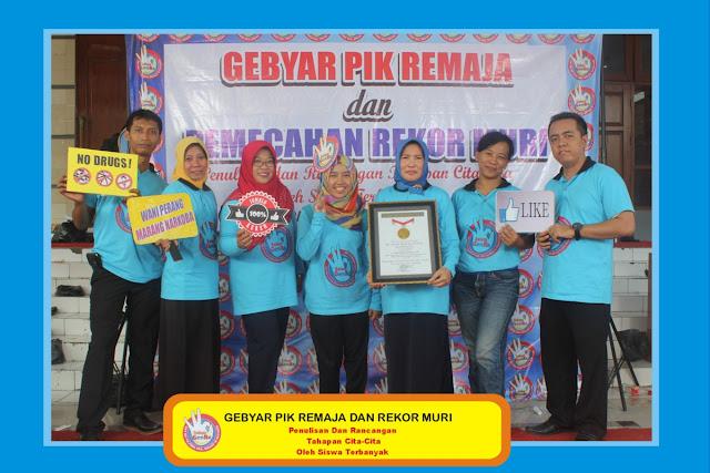 +0856-4020-3369 ; Jasa Photobooth Semarang ~Gebyar PIK Remaja dan Rekor MURI Rembang~