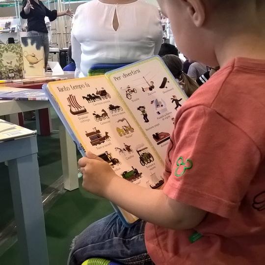 leggere ai bambini di due anni